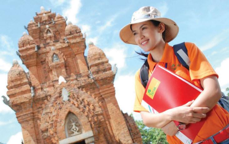 Kết quả hình ảnh cho hướng dẫn viên du lịch