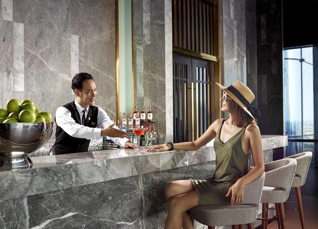 có người yêu làm nghề khách sạn là không có lễ tết