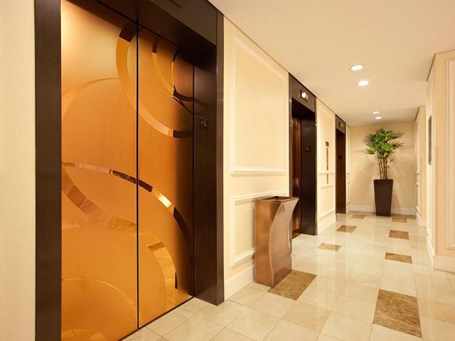 tiêu chuẩn thiết kế thang máy trong khách sạn